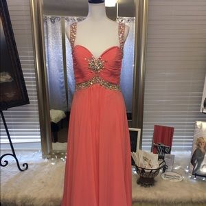Dresses & Skirts - Coral Formal with beaded waist